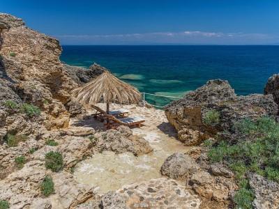 На ръба на Йонийско море